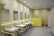 西山公園体育館トイレ等改修工事